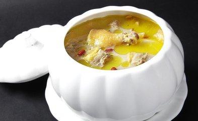 适合中老年人的秋季养生汤