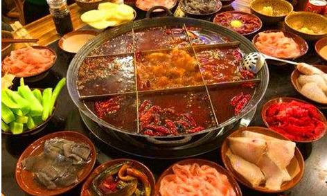 重庆老火锅加盟费用多少钱?