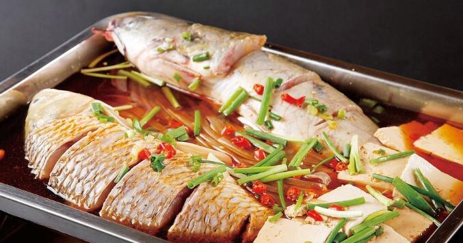 现在烤鱼为什么能吸引如此多的加盟商呢?